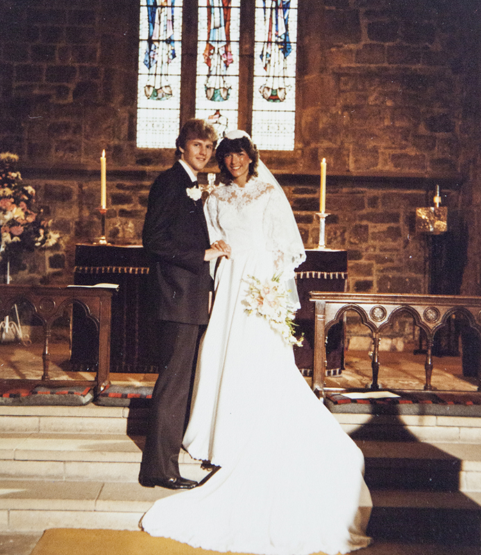 GOLD MEDAL WINNER ATHLETE  STEVE CRAM MBE – DAVID TAKES THE WEDDING PICTURES
