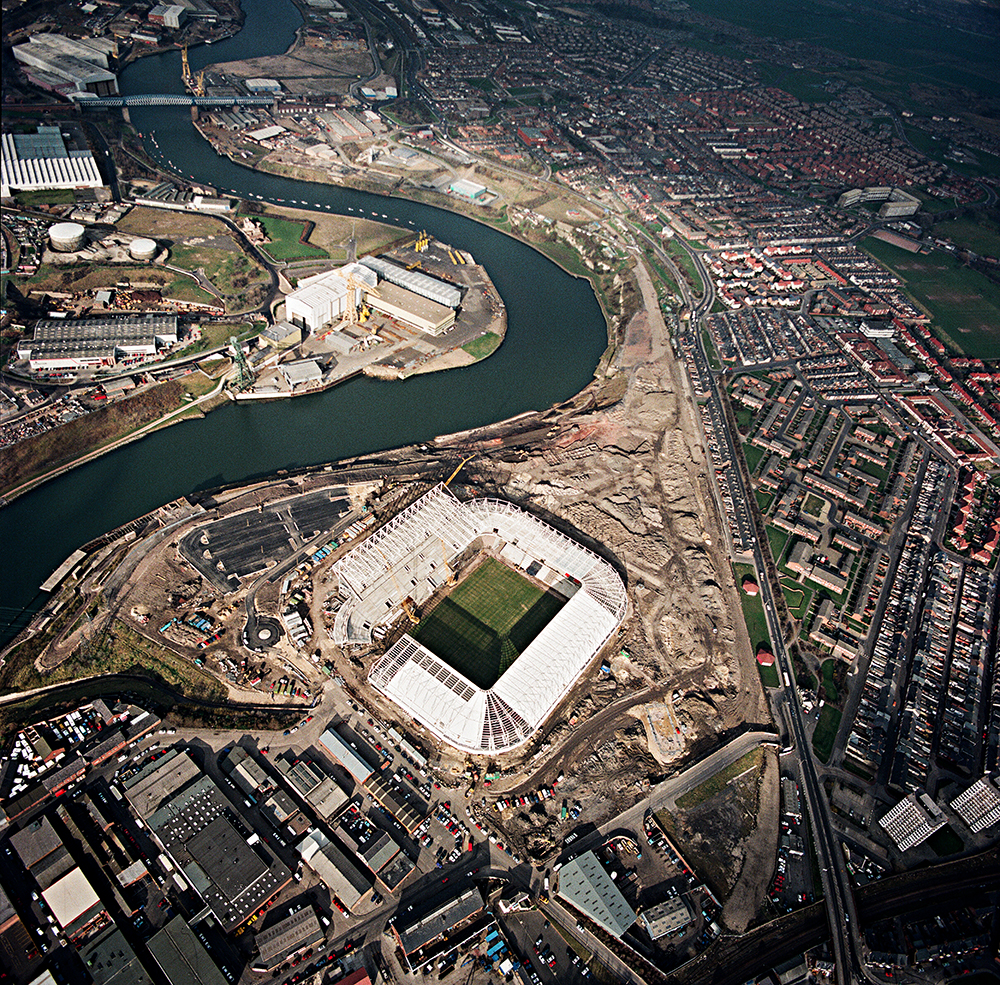 "THE WEAR RIVER – AERIAL PHOTOGRAPHY ""THE STADIUM OF LIGHT"" SAFC"